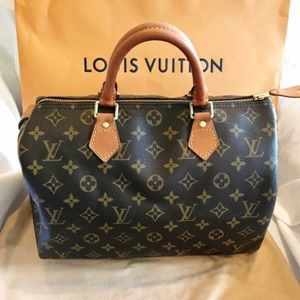 Louis Vuitton Monogram Classic Speedy 30 Bag